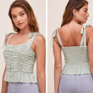 ASTR The label duffy sweetheart neck top